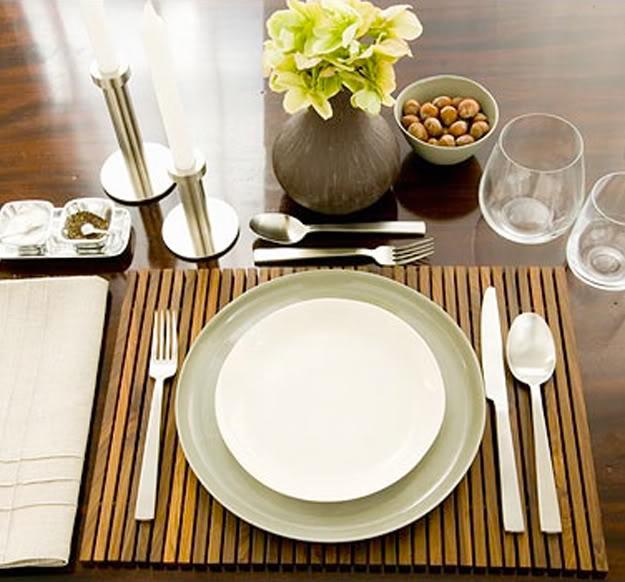 Arrumando a mesa detalhes m gicos for Casual dinner table setting ideas