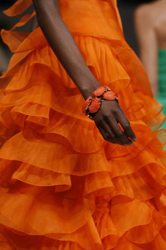 cor de laranja na noite da virada , blog detalhes magicos