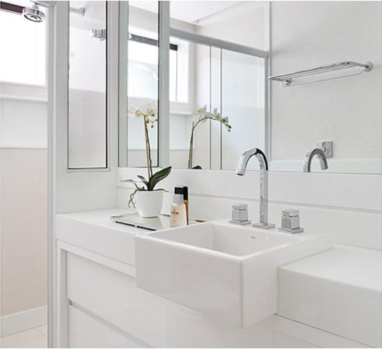 decoracao de banheiro vermelho e branco:Para o dia começar feliz