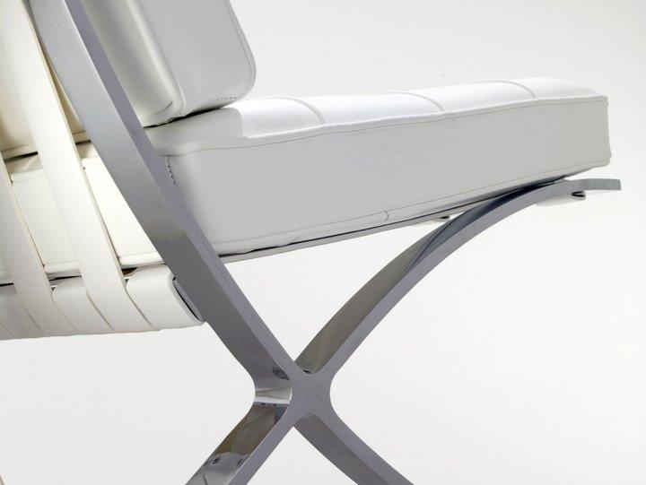 Cadeira Barcelona no blog Detalhes Mágicos