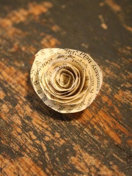 Flor de papel para o Natal no blog Detalhes Magicos