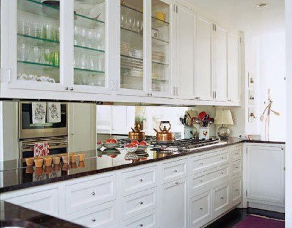 Espelho na cozinha detalhes m gicos for Beautiful white kitchen designs