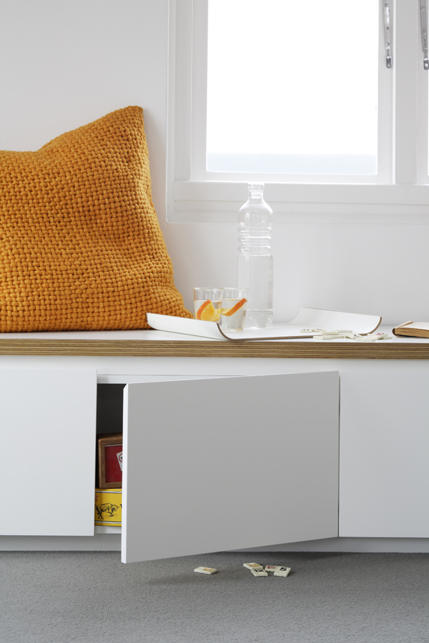 Pequeno apartamento com marcenaria inteligente no blog Detalhes Magicos