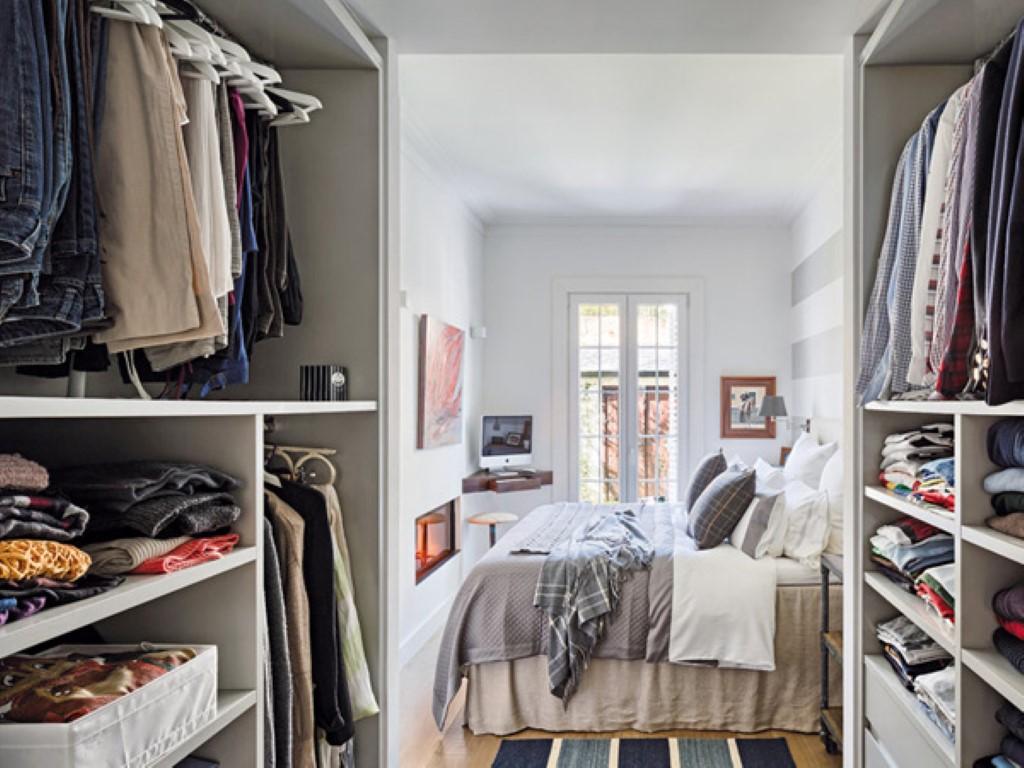 quarto com paleta de cores neutras closet e banheiro #7B5C50 1024 768