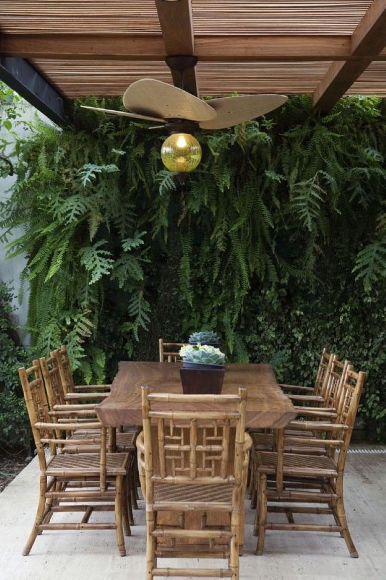 jardim vertical goiania:11. casa vogue Samambaia na decoração, blog Detalhes Magicos
