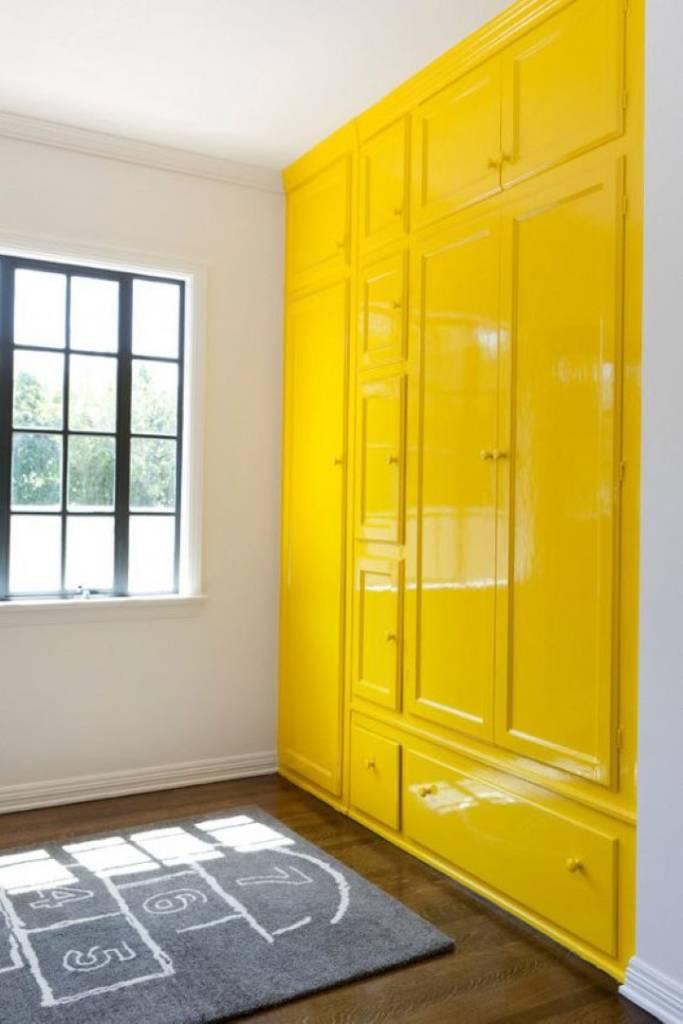 pintar-movel-de-amarelo