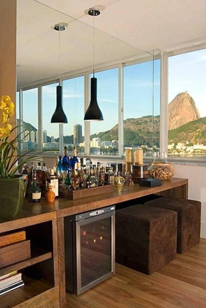 Sobre um bar em casa detalhes m gicos for Modelos de mini apartamentos