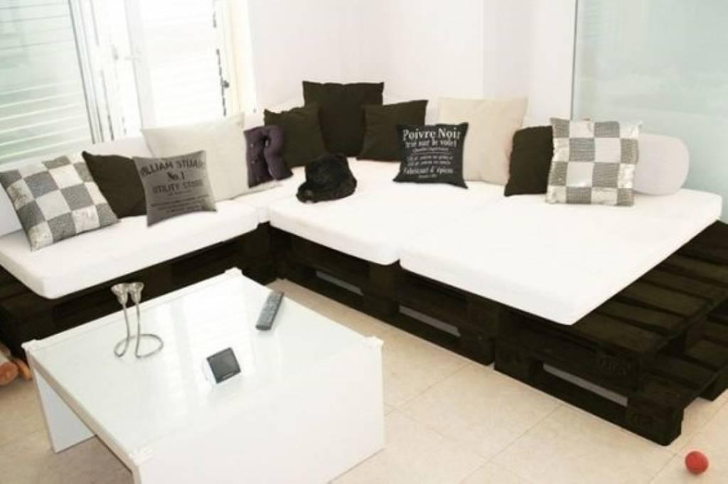 Sofa Pallet Futon. Stunning Wood Frame Futon With Mattress With Best ...