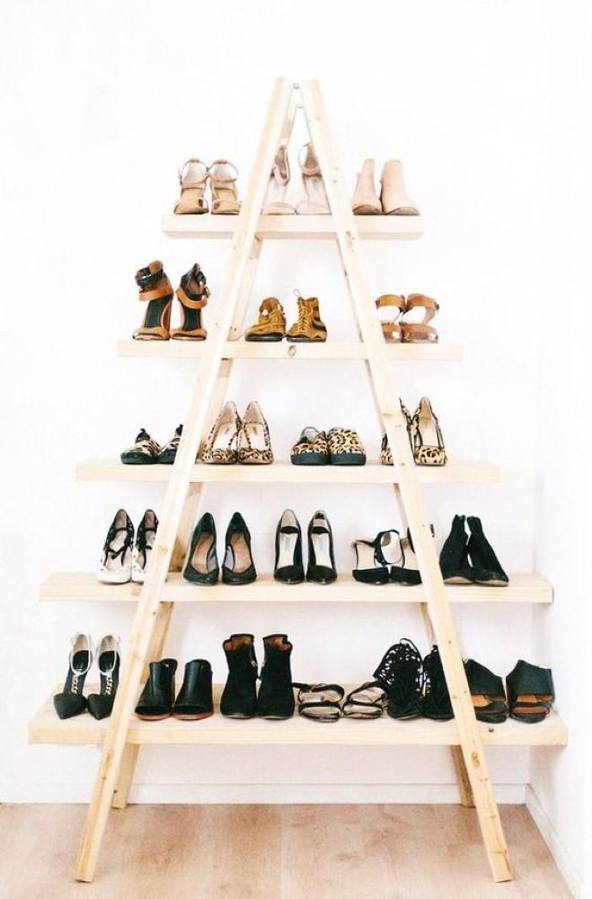 estante-com-escadas